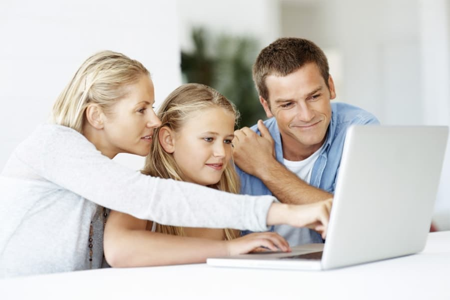 Family with Laptop on Data Recovery Home Version